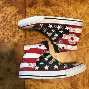 🐣 Converse Kids Stars Stripes Chuck Taylor High 1